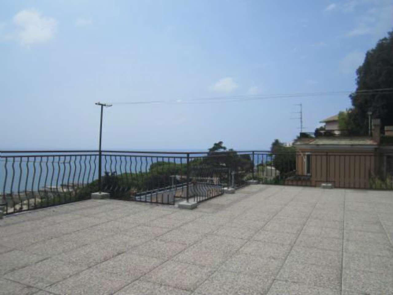 Soluzione Indipendente in vendita a Genova, 5 locali, zona Zona: 14 . Pegli, prezzo € 690.000 | CambioCasa.it