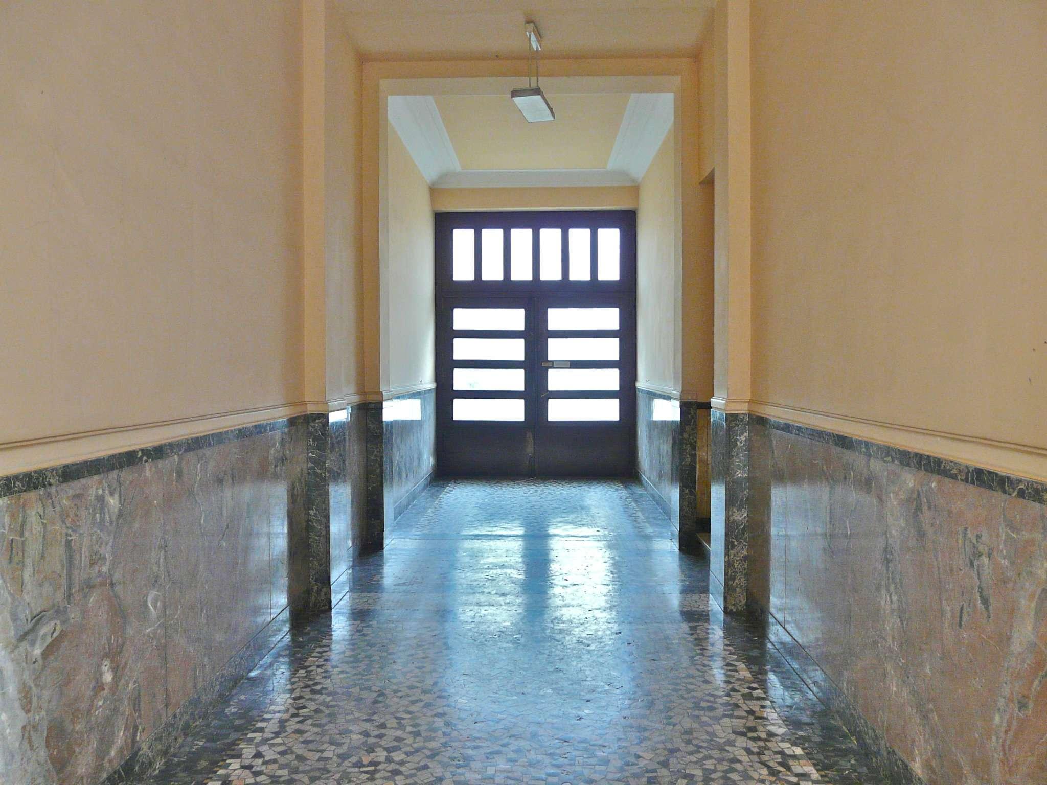 Bilocale Torino Via Domodossola 6