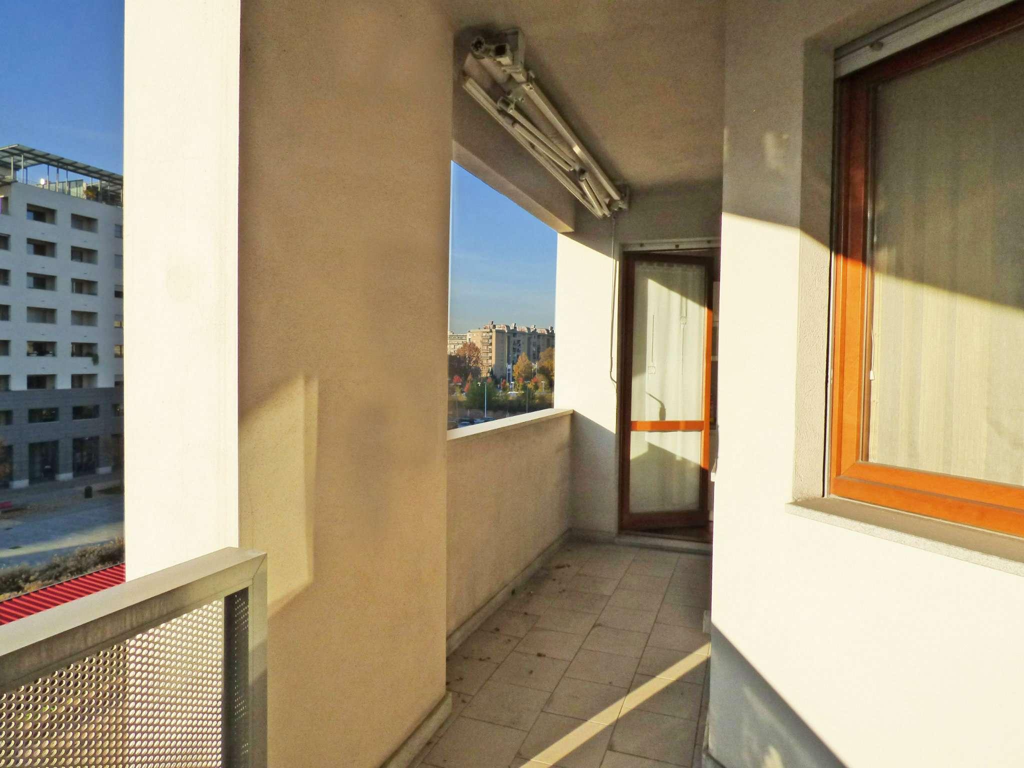 Bilocale Torino Corso Mediterraneo 11