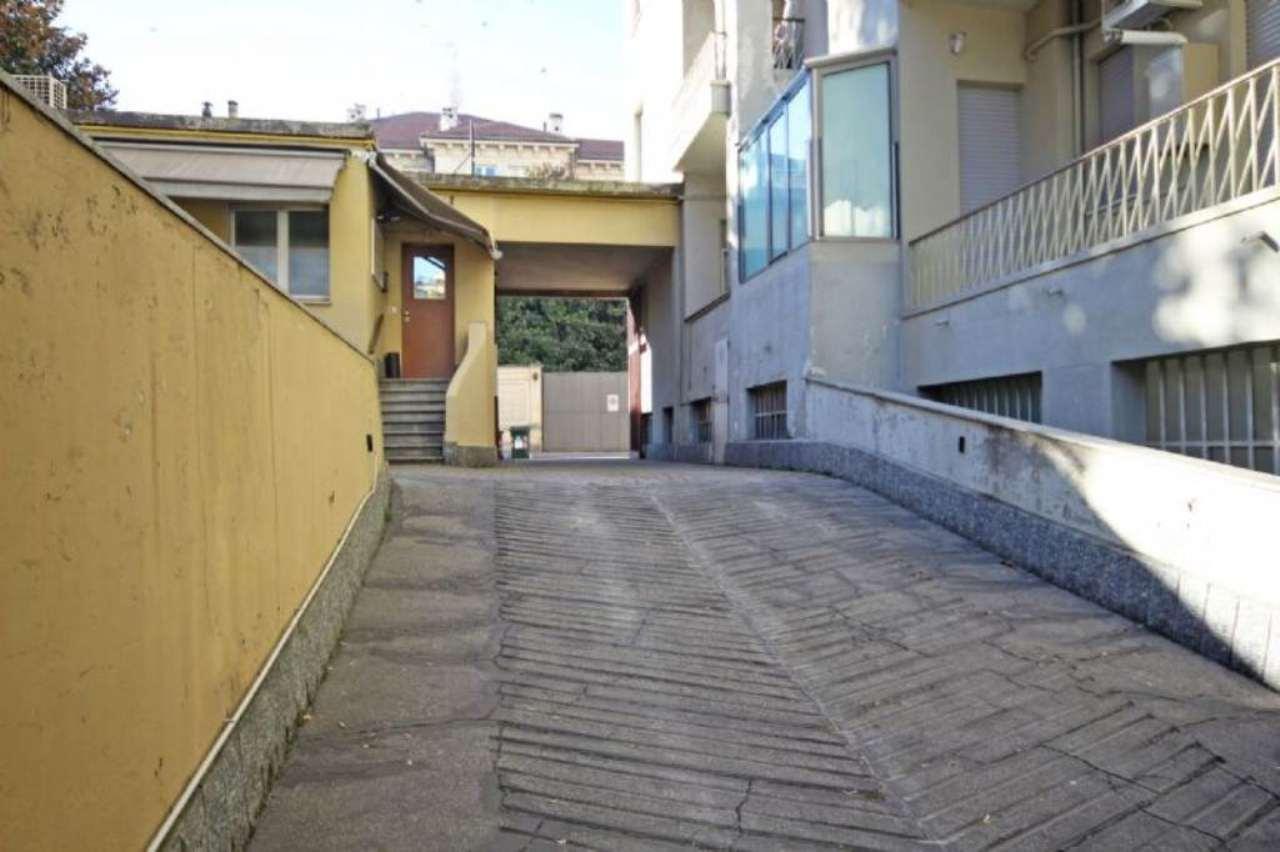 Torino Vendita MAGAZZINO Immagine 3