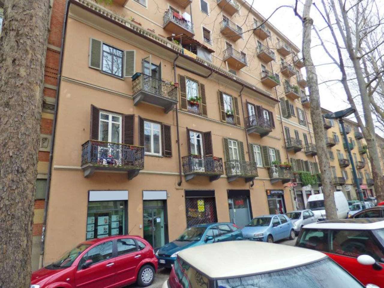 Negozio in vendita Zona Cit Turin, San Donato, Campidoglio - corso Francia Torino