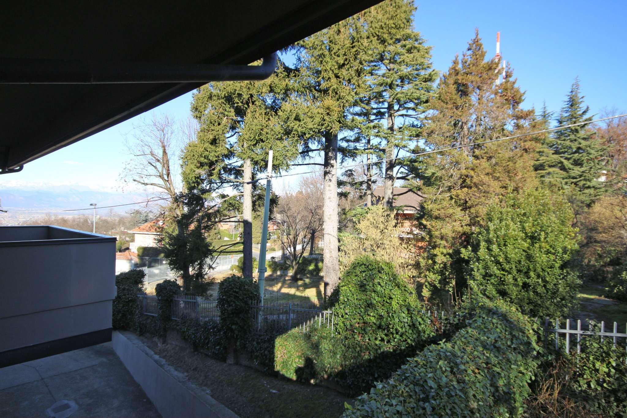 Bilocale Pecetto Torinese Strada Eremo 9