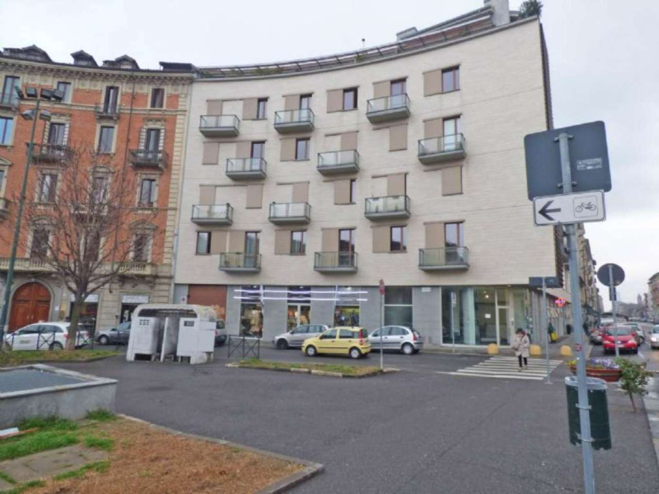 Torino Affitto NEGOZI Immagine 0