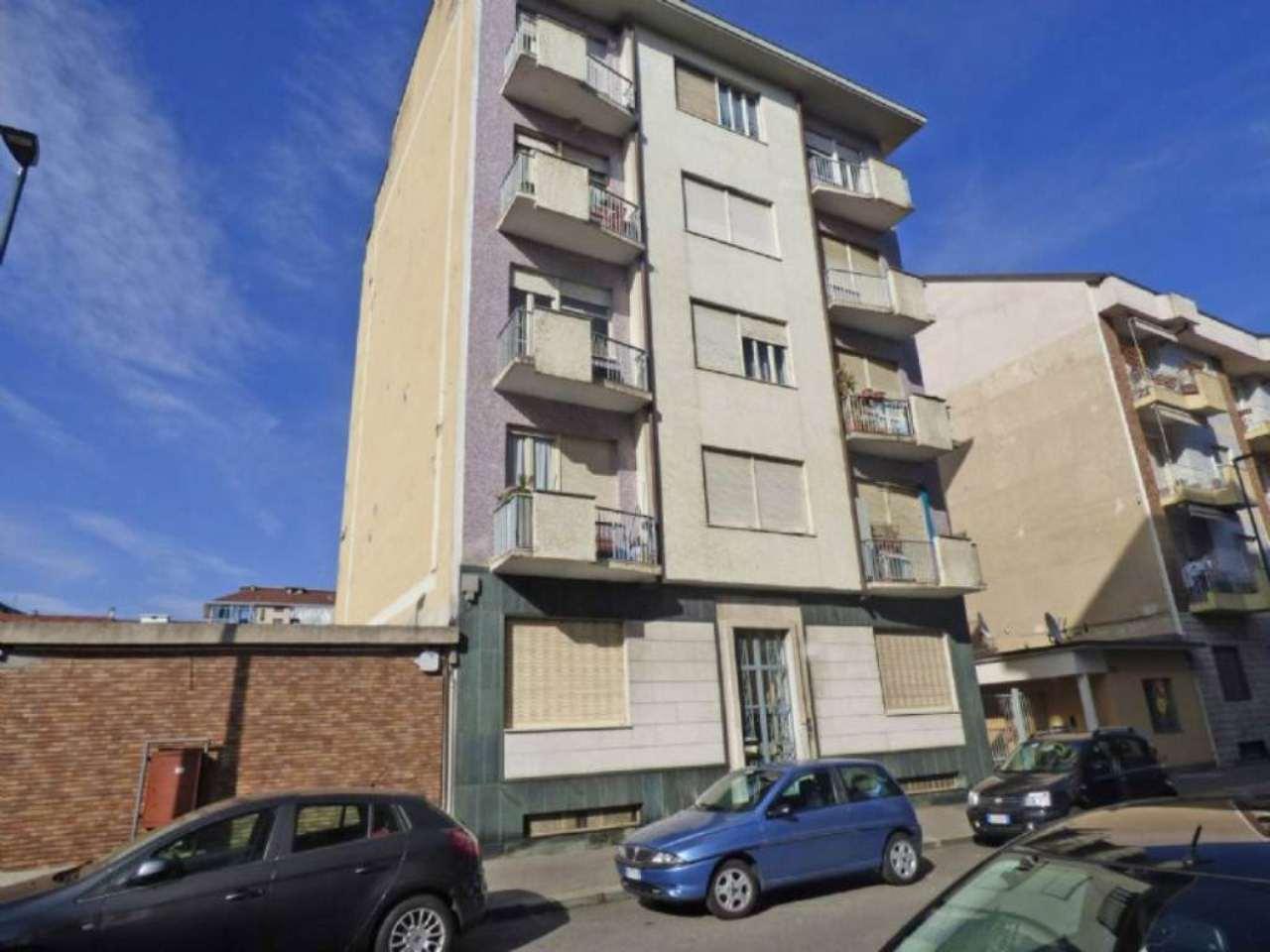 Bilocale Torino Via Giovanni Battista Scapacino 2