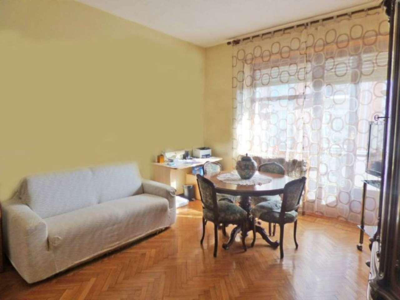 Bilocale Torino Via Giovanni Battista Scapacino 4