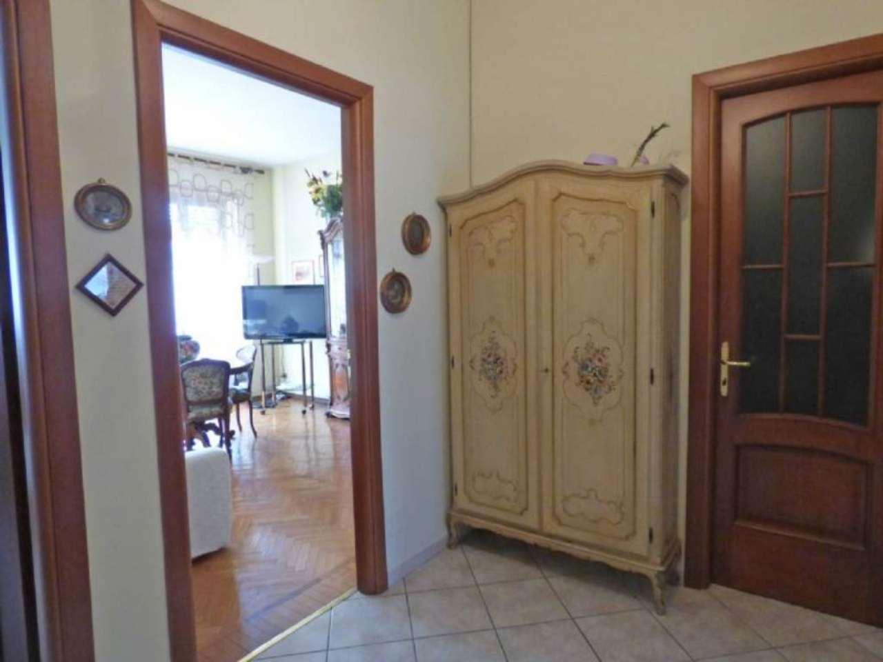 Bilocale Torino Via Giovanni Battista Scapacino 9