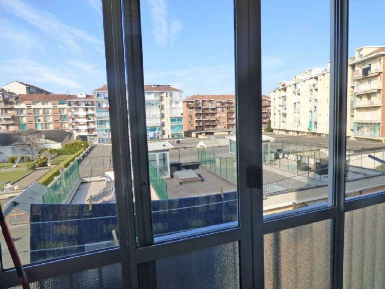 Bilocale Torino Via Giovanni Battista Scapacino 10