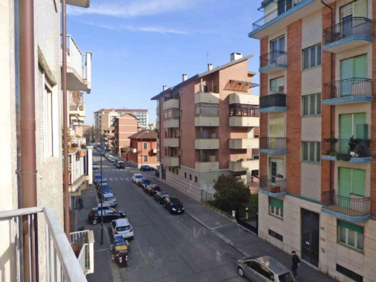 Bilocale Torino Via Giovanni Battista Scapacino 12
