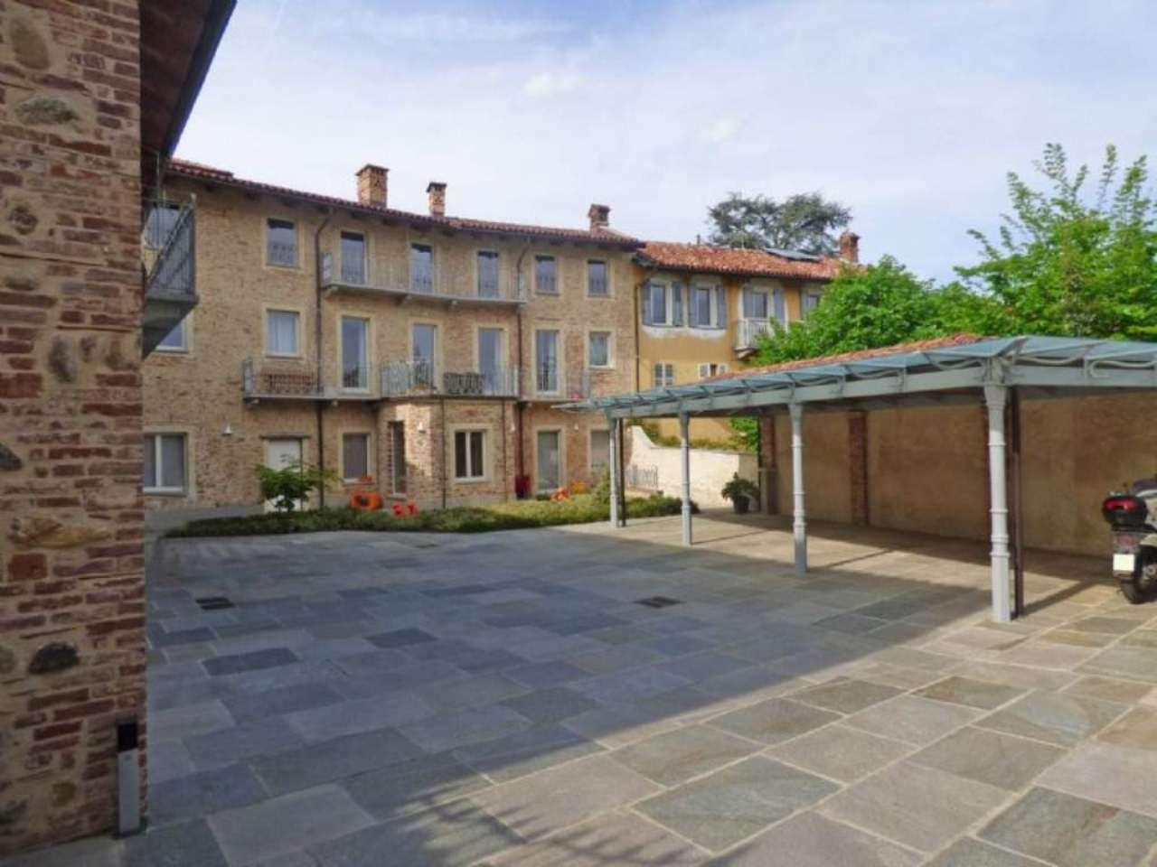 Bilocale Pecetto Torinese Via Umberto I 2