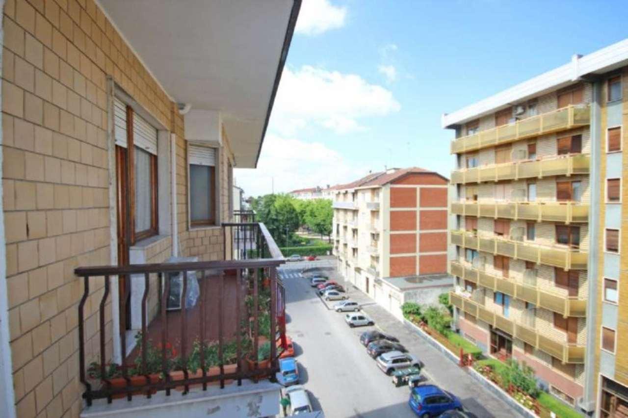 Bilocale Torino Via Pertinace 6