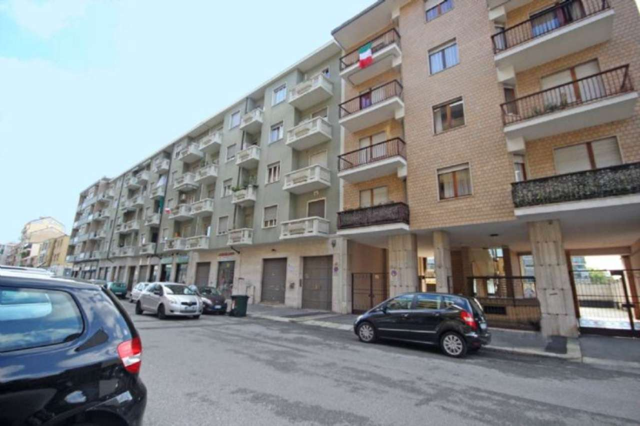 Bilocale Torino Via Pertinace 10