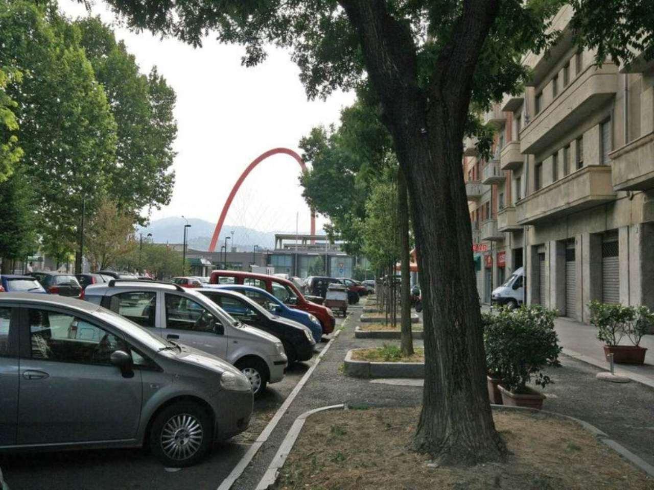 Negozio in vendita Zona Lingotto - piazza Galimberti Torino