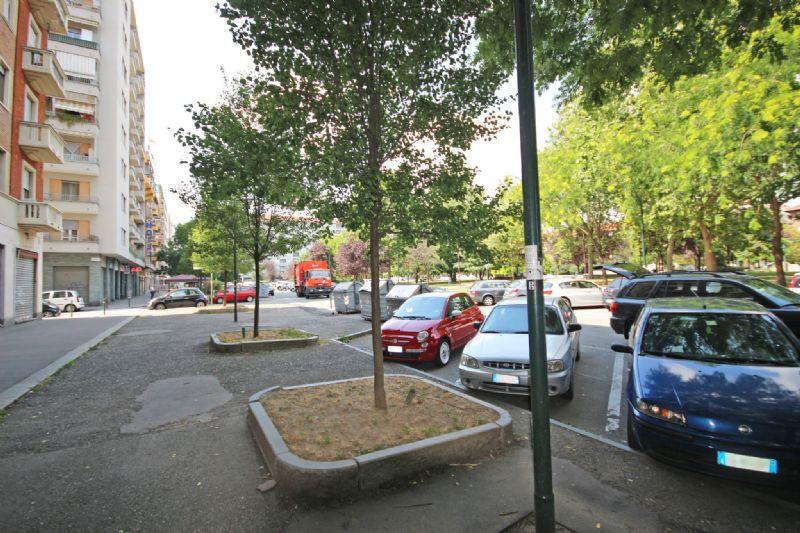 Torino Affitto NEGOZI Immagine 4