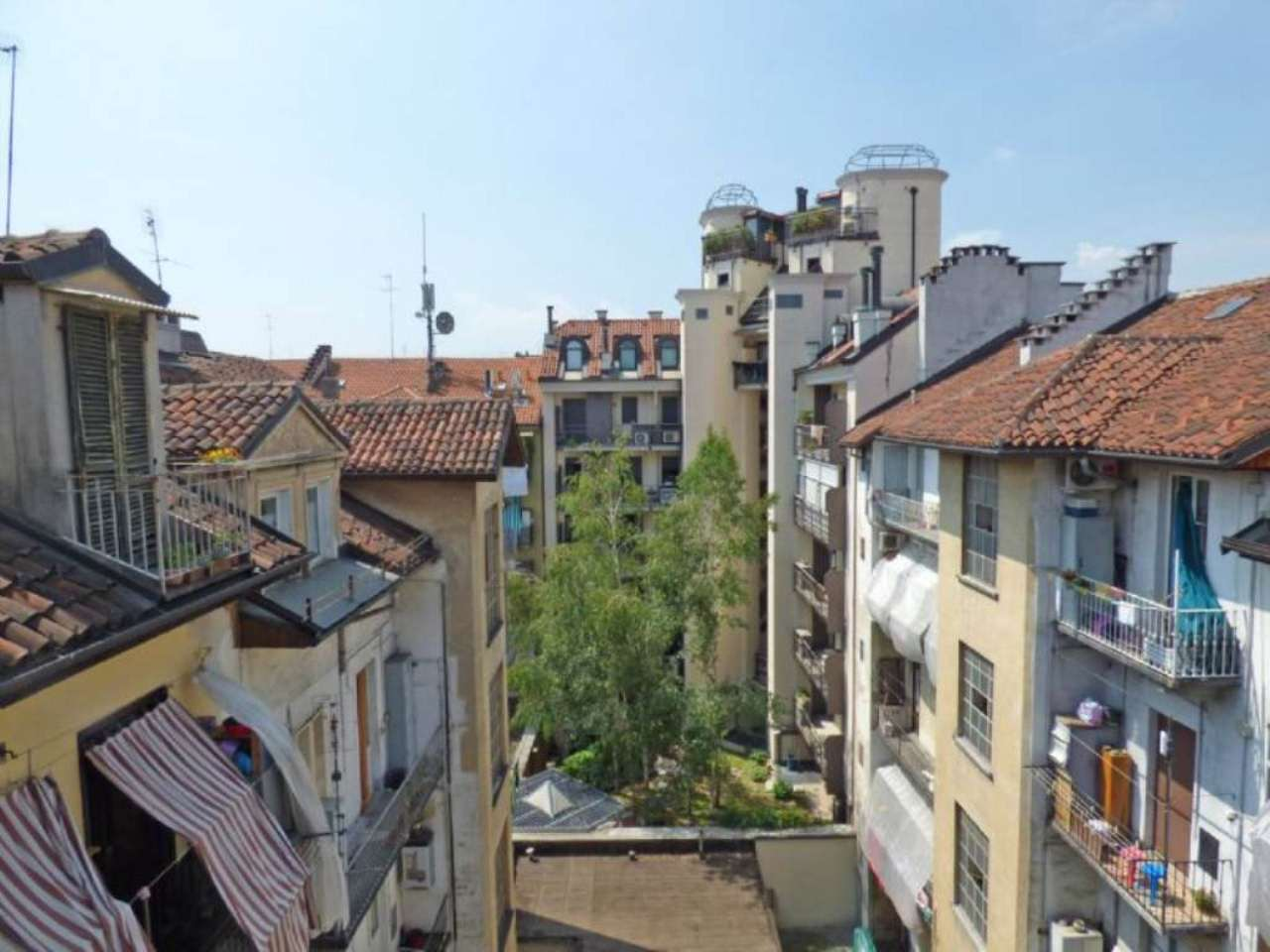 Bilocale Torino Via Magenta 4