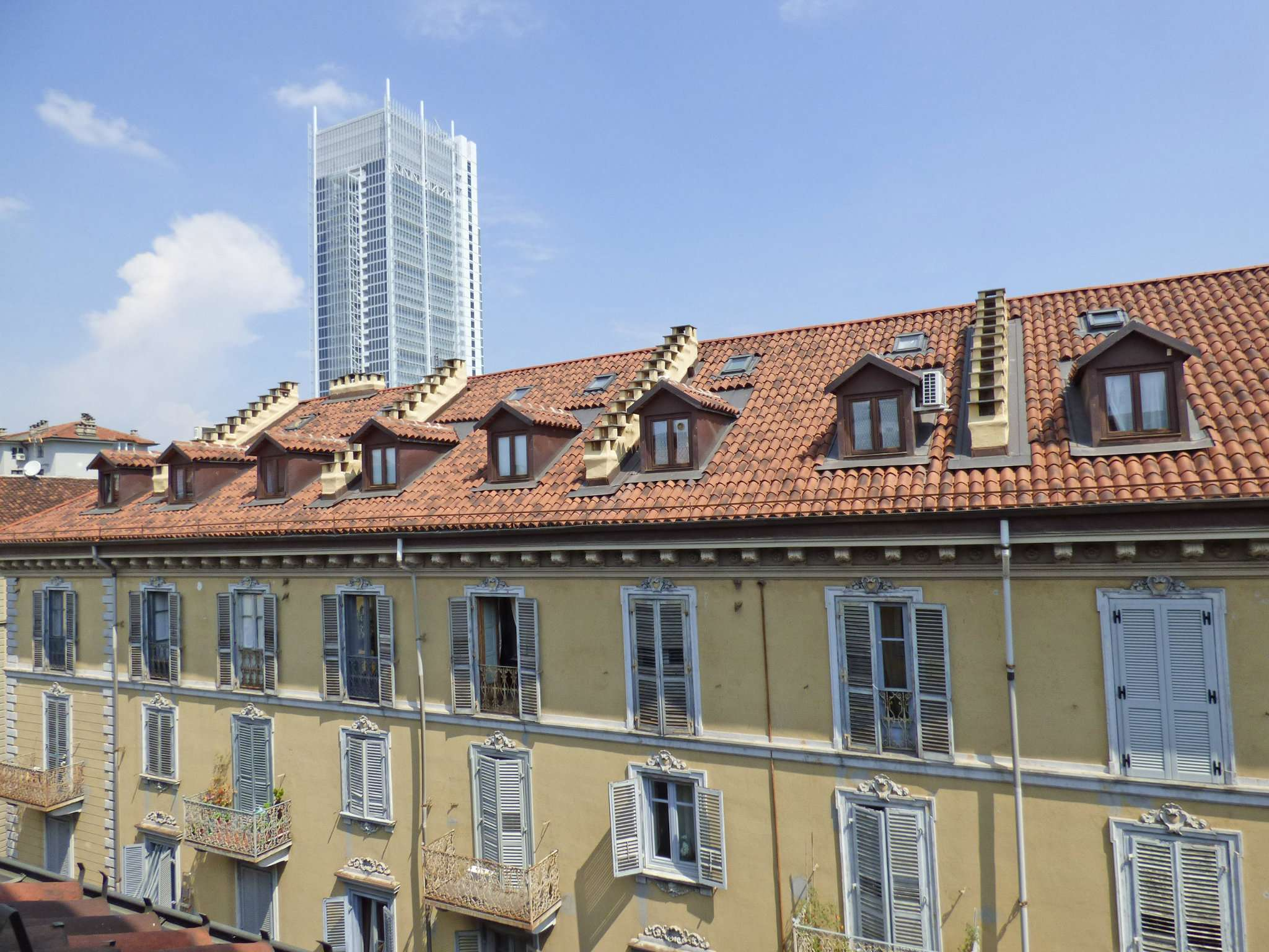 Bilocale Torino Via Magenta 1
