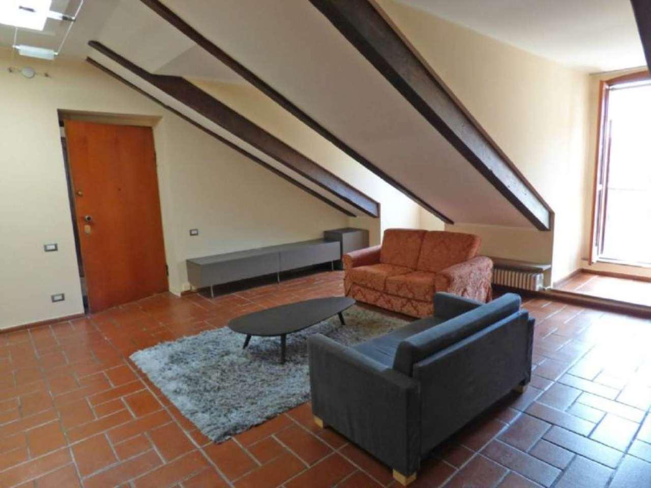 Bilocale Torino Via Magenta 3