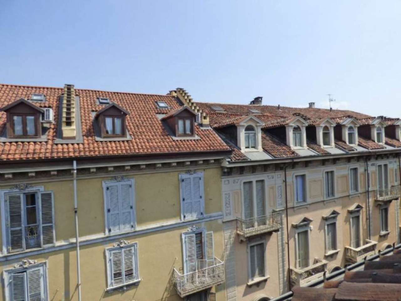 Bilocale Torino Via Magenta 8