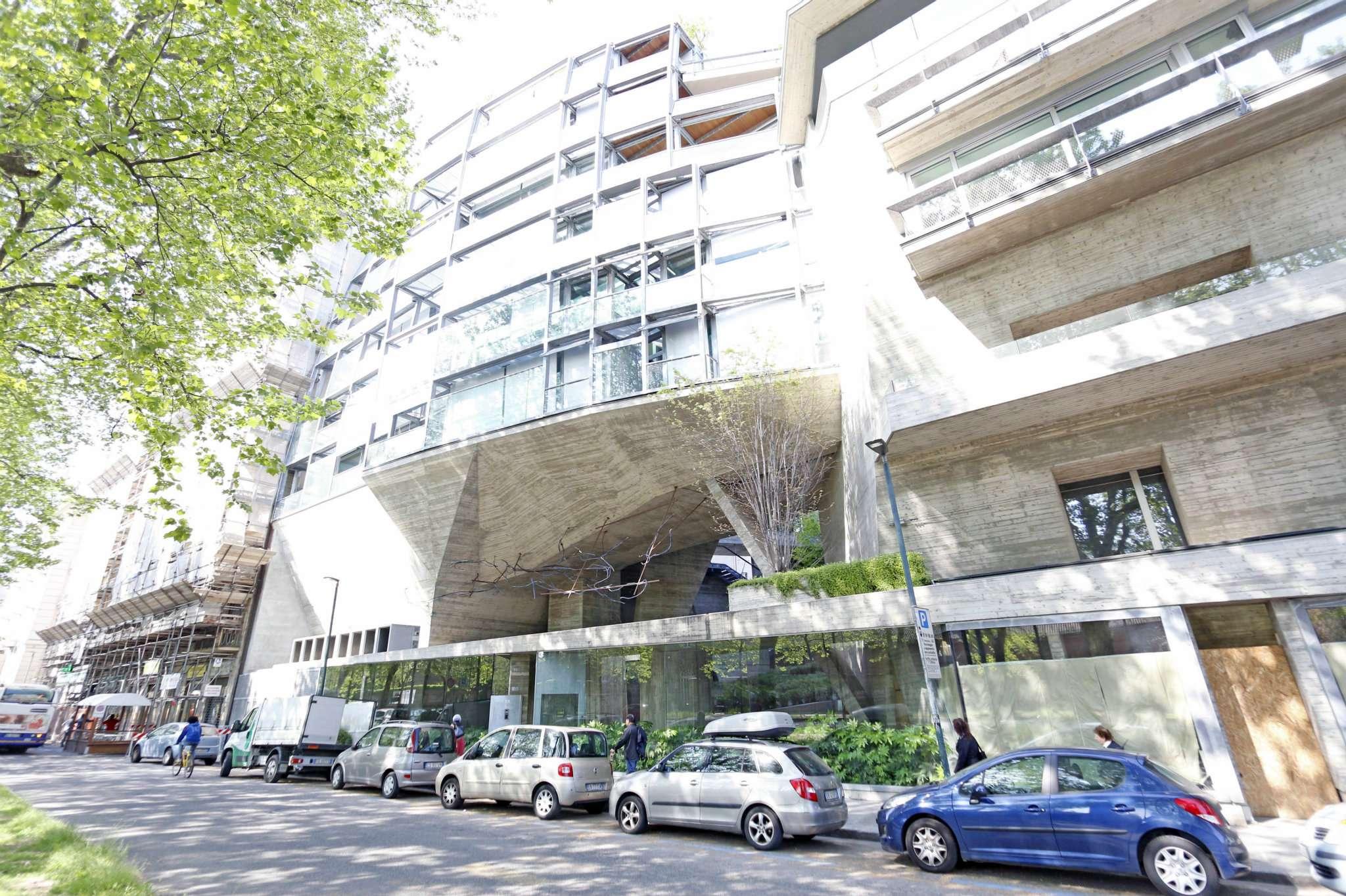Negozio in vendita Zona Vanchiglia, Regio Parco - corso Regina Margherita Torino