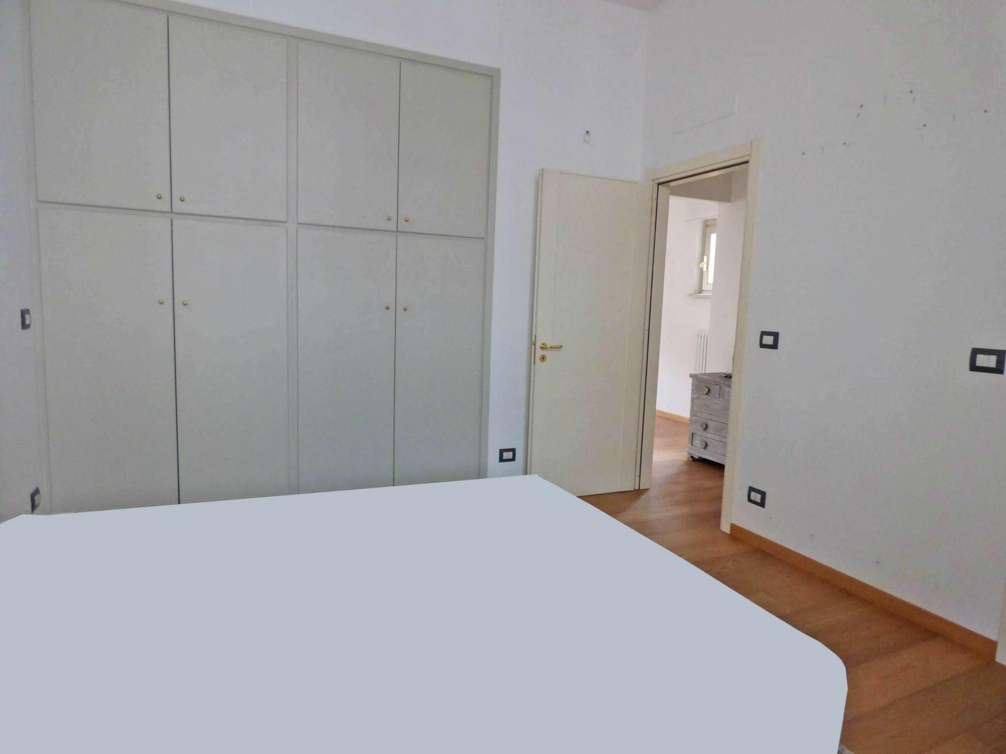 Bilocale Torino Via Balbis 8