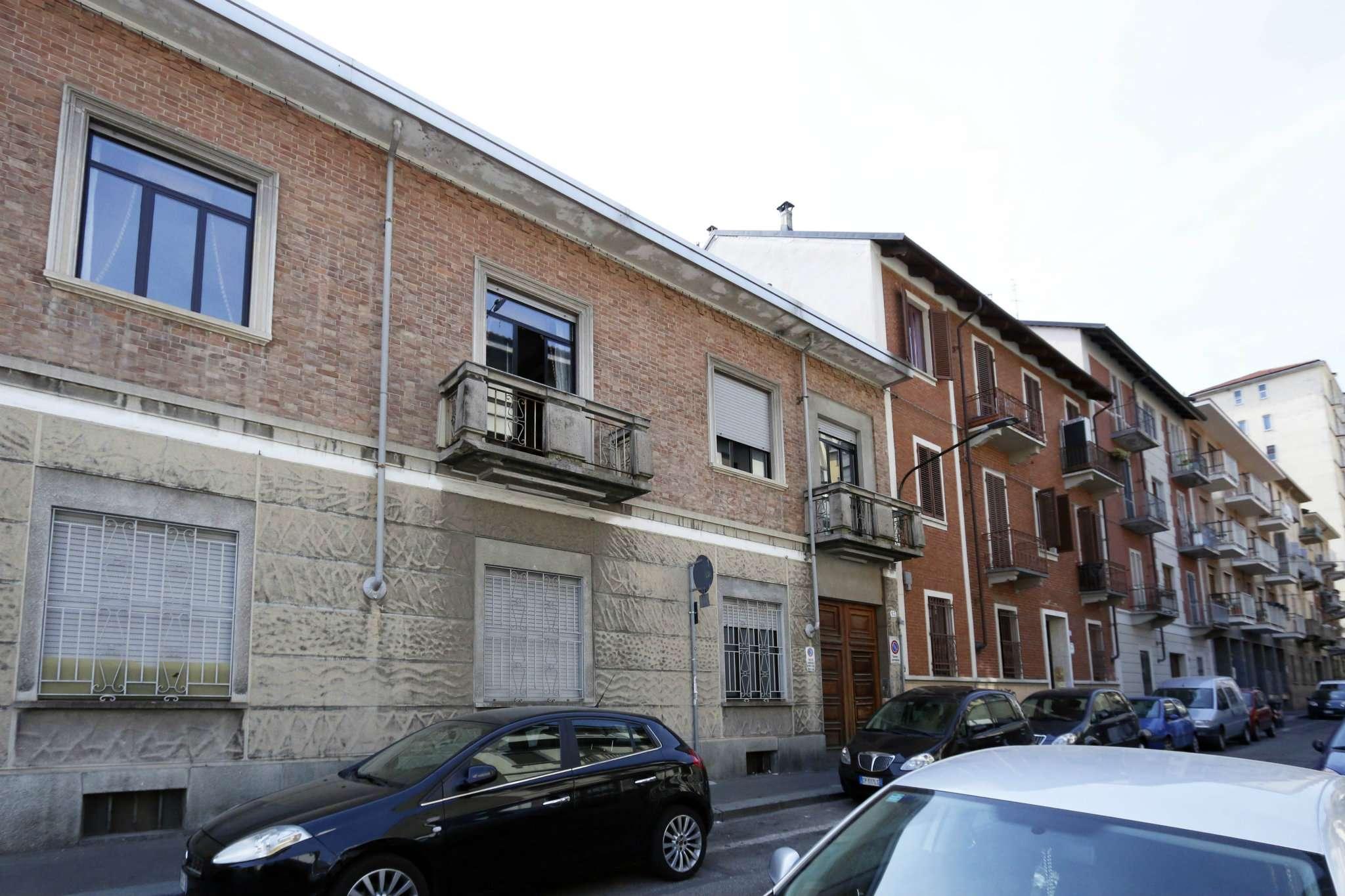 Torino Vendita STABILE / PALAZZO