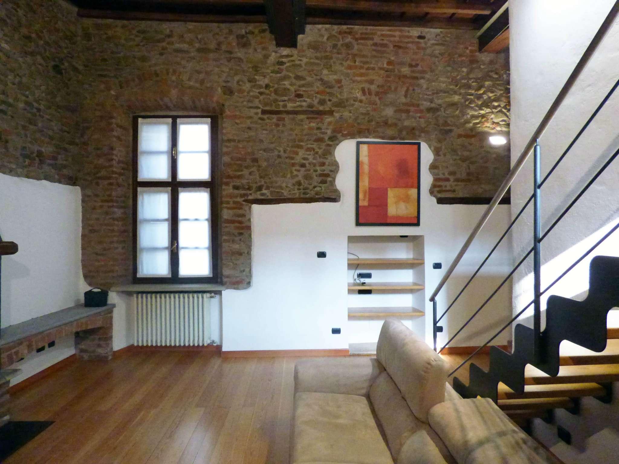 Appartamento in vendita via Del Pino Pinerolo