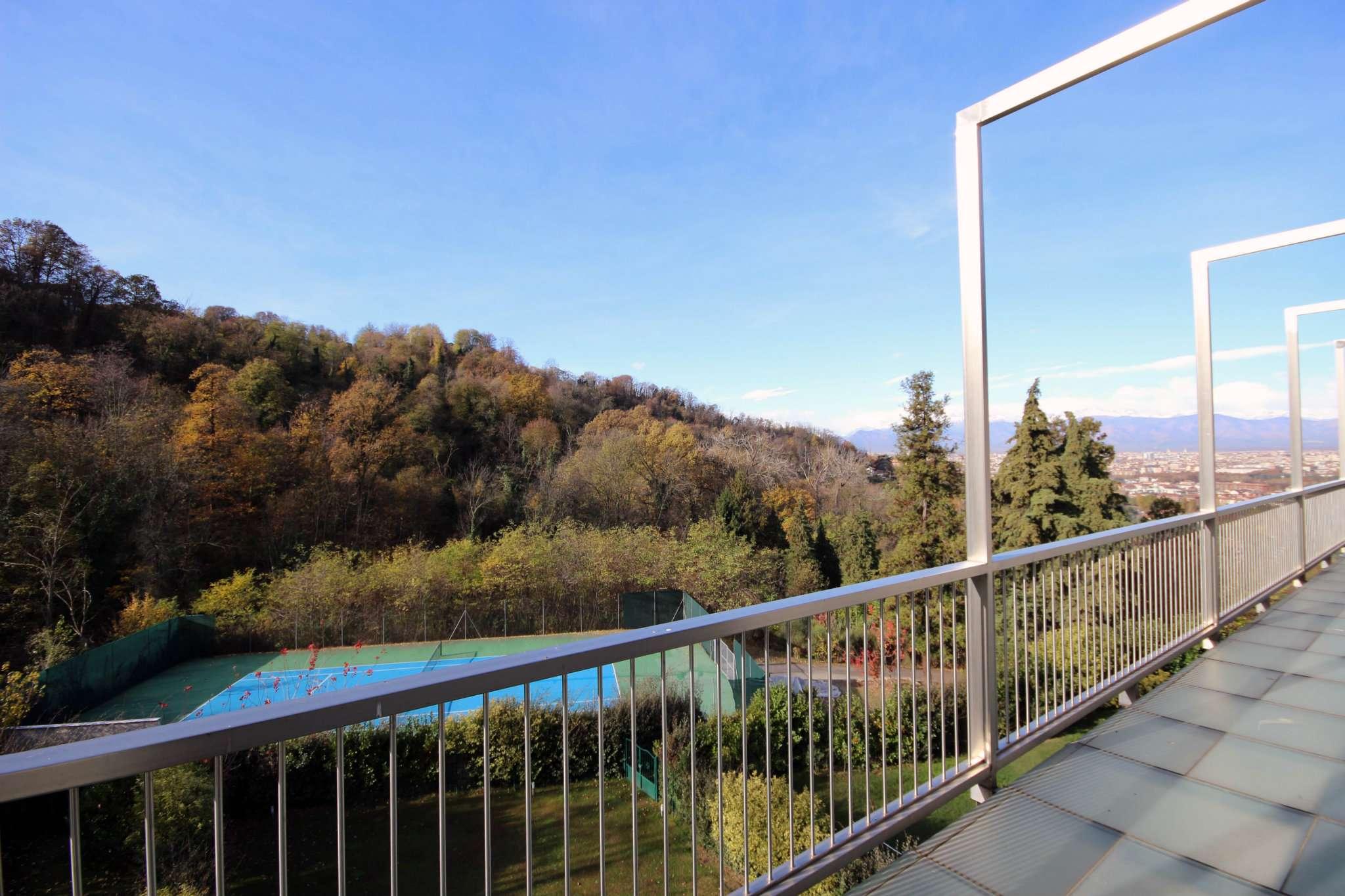 Appartamento in vendita Zona Precollina, Collina - strada Valpiana Torino