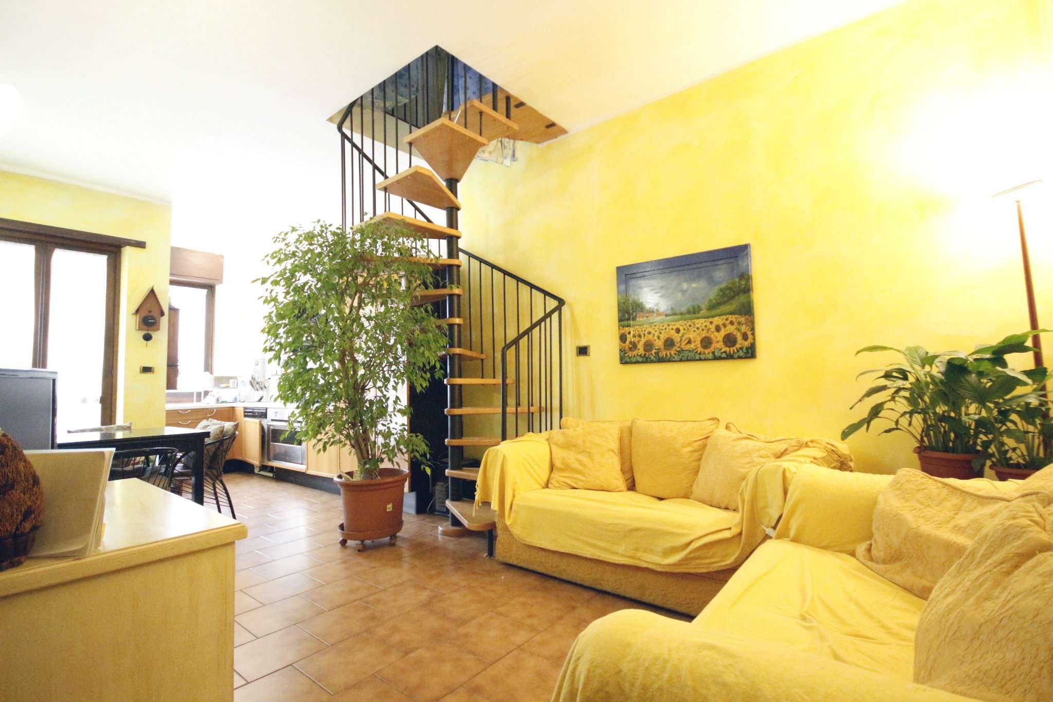Foto 1 di Trilocale via Duino 186, Torino (zona Mirafiori)