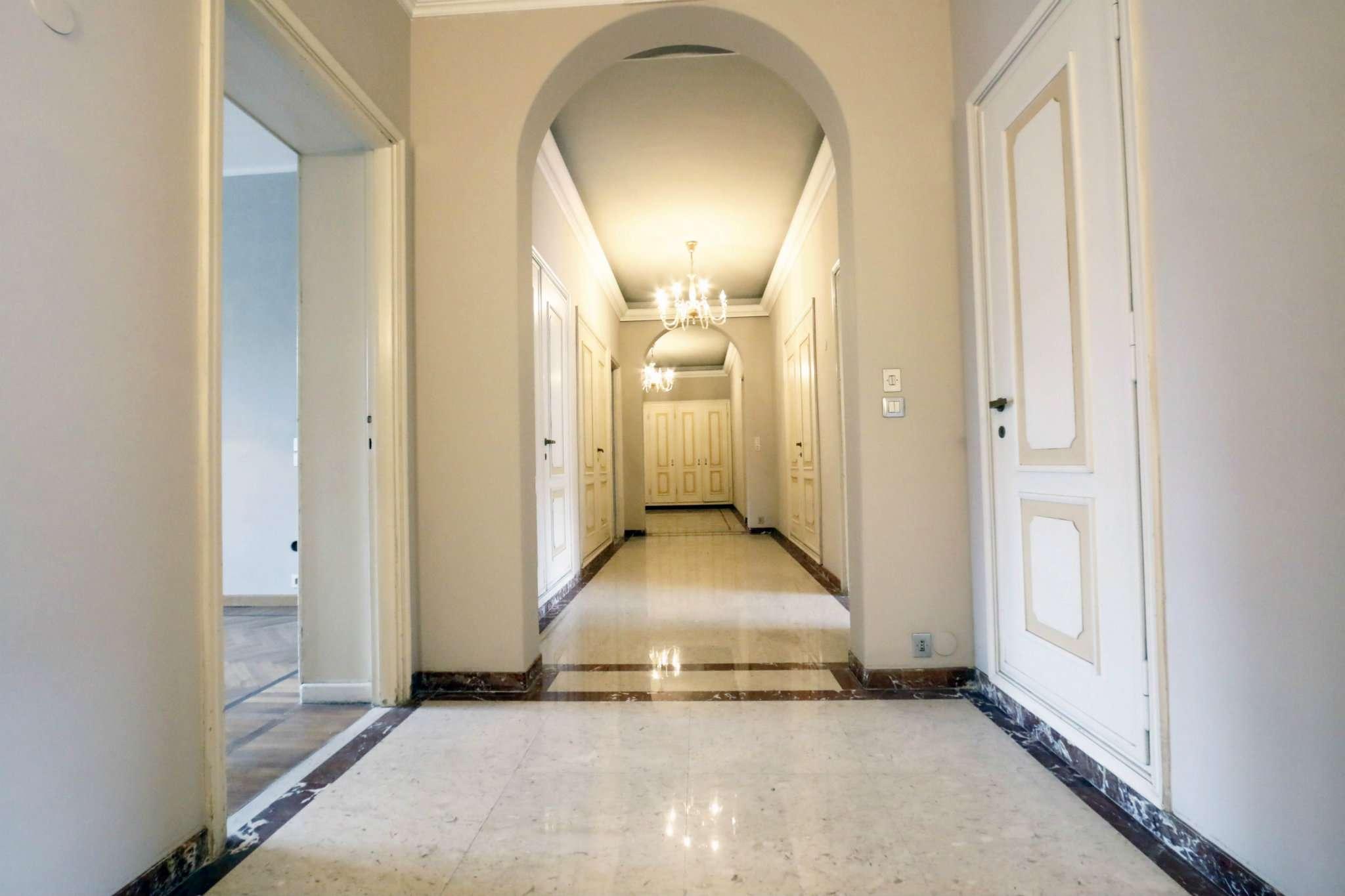 Foto 1 di Appartamento corso Galileo Ferraris, Torino (zona Crocetta, San Secondo)