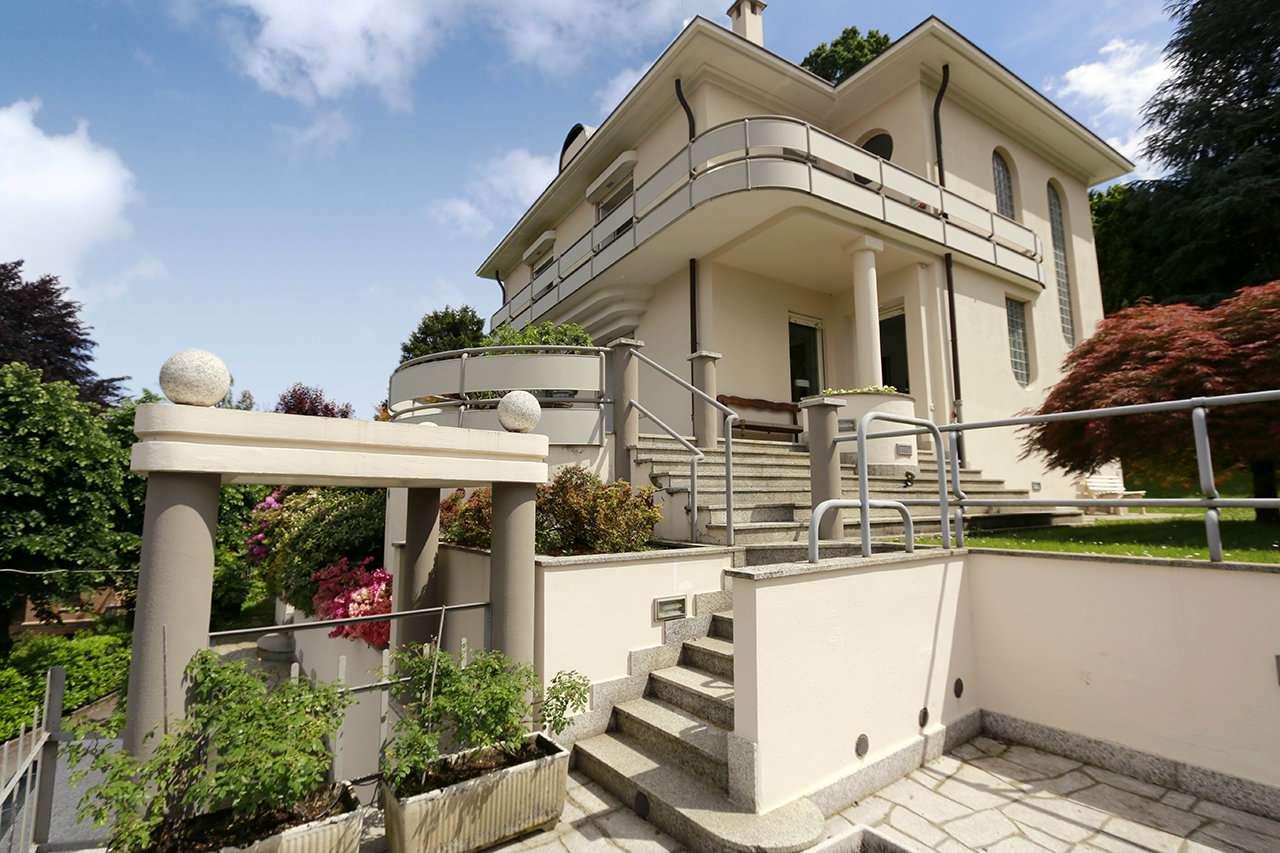 Villa in vendita Zona Precollina, Collina - viale Thovez Torino