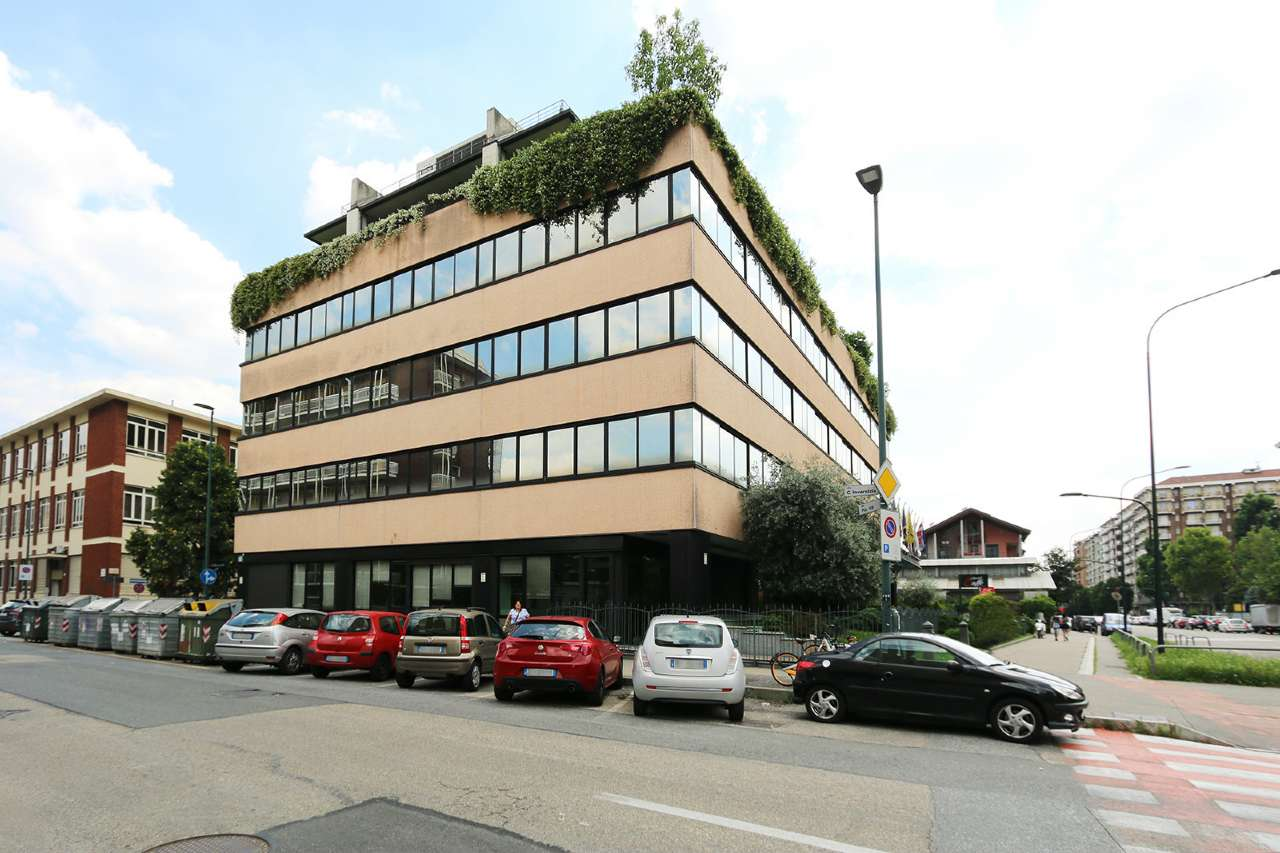 Torino Affitto COMMERCIALI Immagine 2