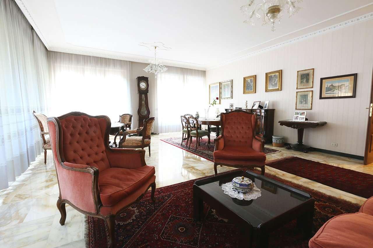 Foto 1 di Appartamento corso Dante, Torino (zona San Salvario)