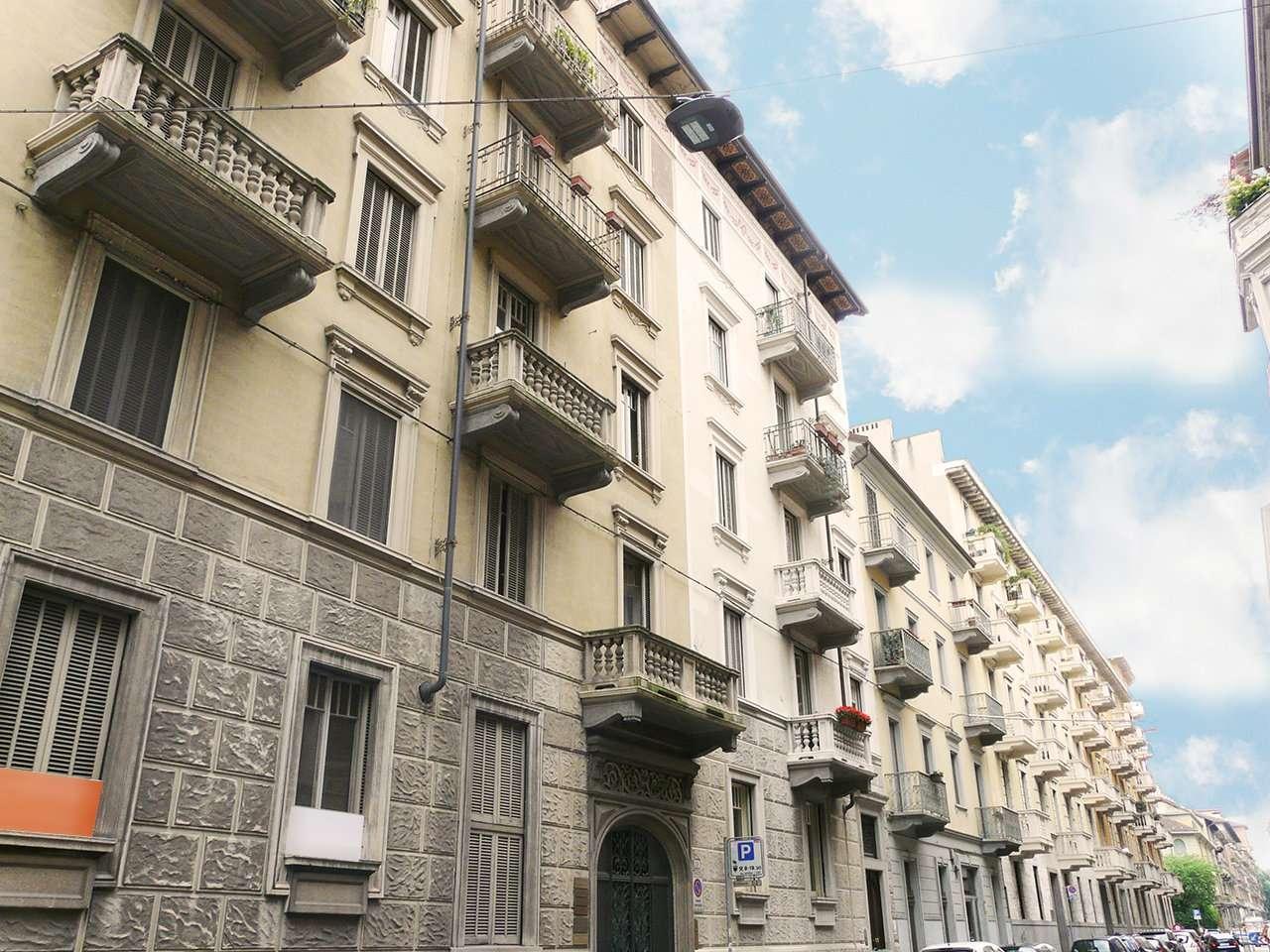 Immagine immobiliare Trilocale in stabile d'Epoca - Vicinanze piazza Peyron e a 5 min. dalla Metro A 5 minuti a piedi dalla Fermata