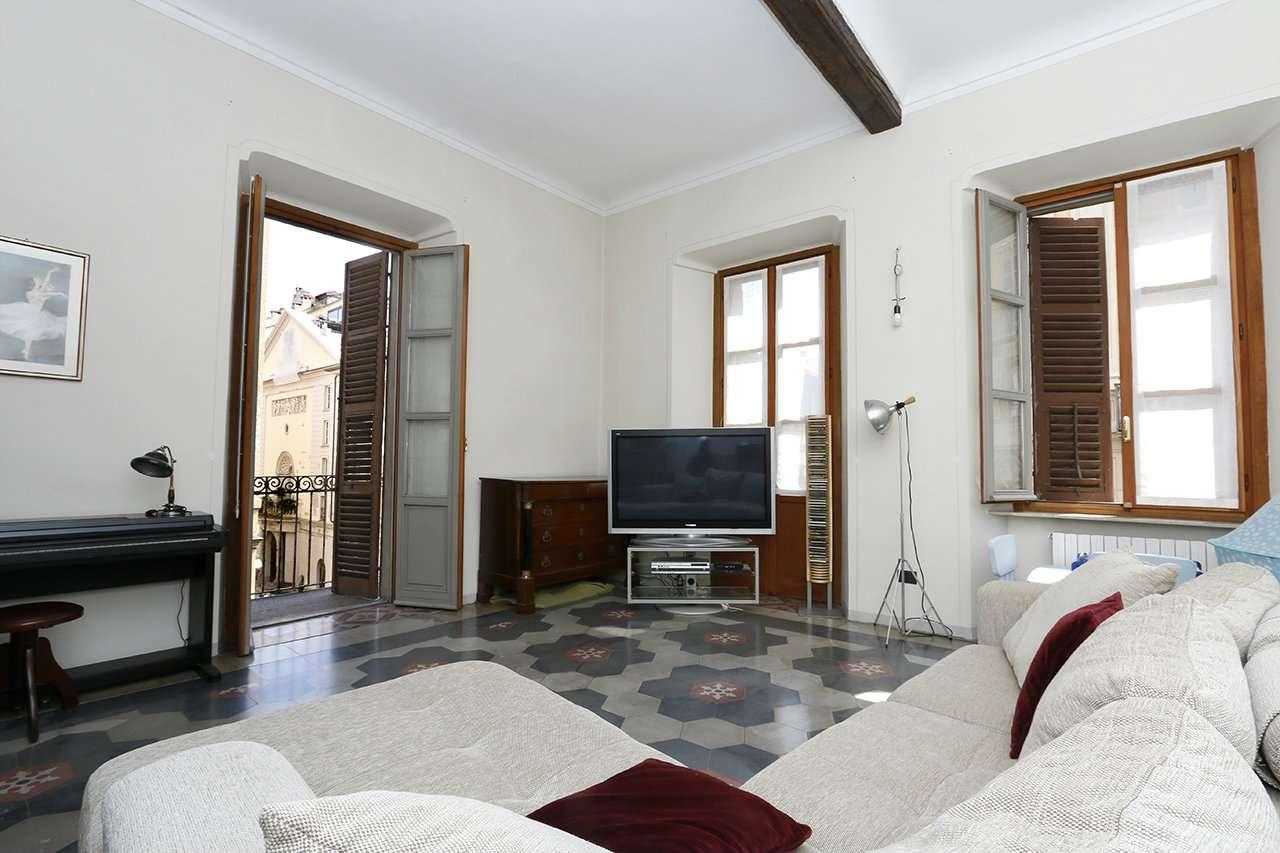Appartamento in vendita Zona Centro - via San Francesco da Paola Torino