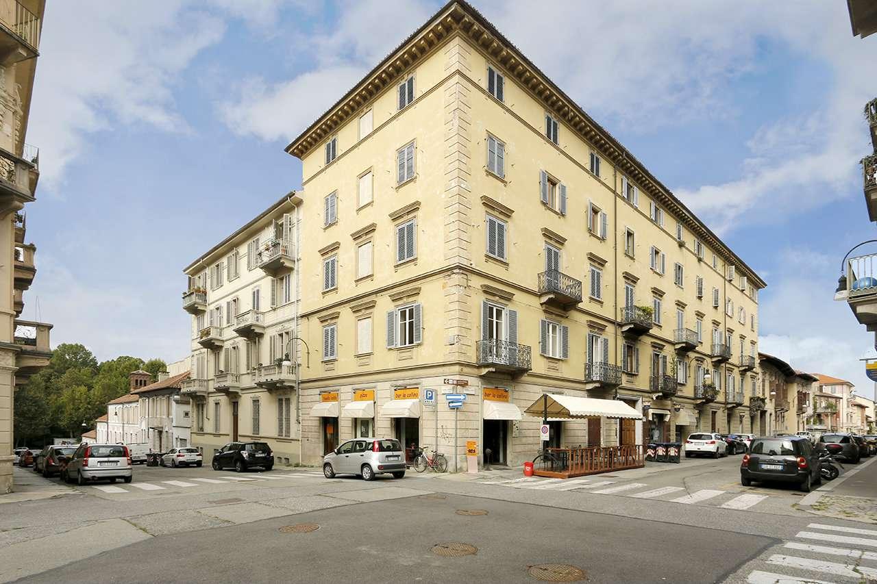 Appartamento in vendita Zona Precollina, Collina - via Martiri della Libertà Torino