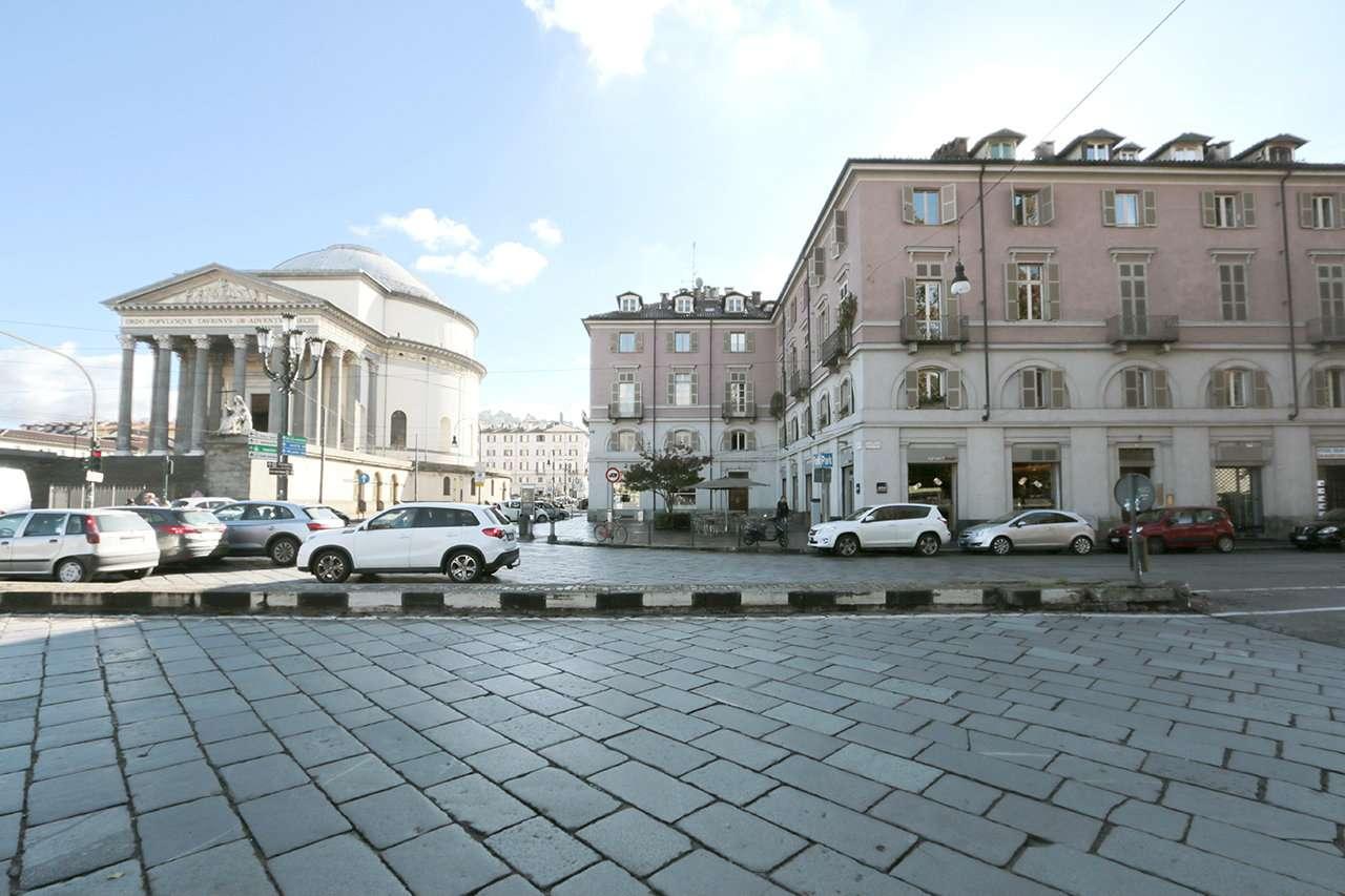 Ufficio in affitto Zona Precollina, Collina - corso Moncalieri Torino