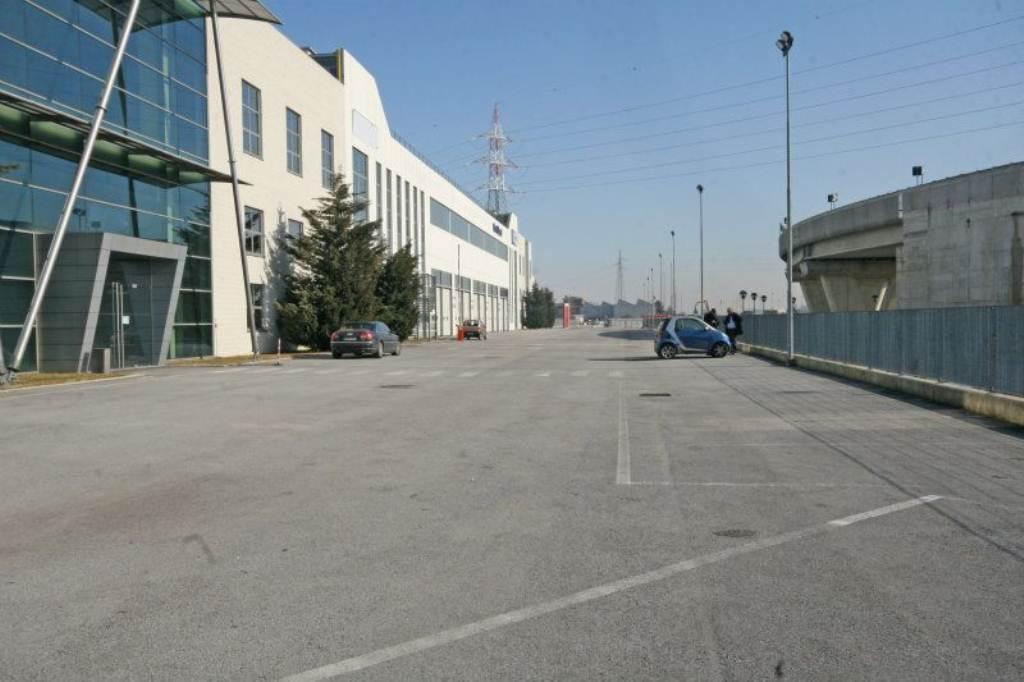 Settimo Torinese Affitto CAPANNONE Immagine 3
