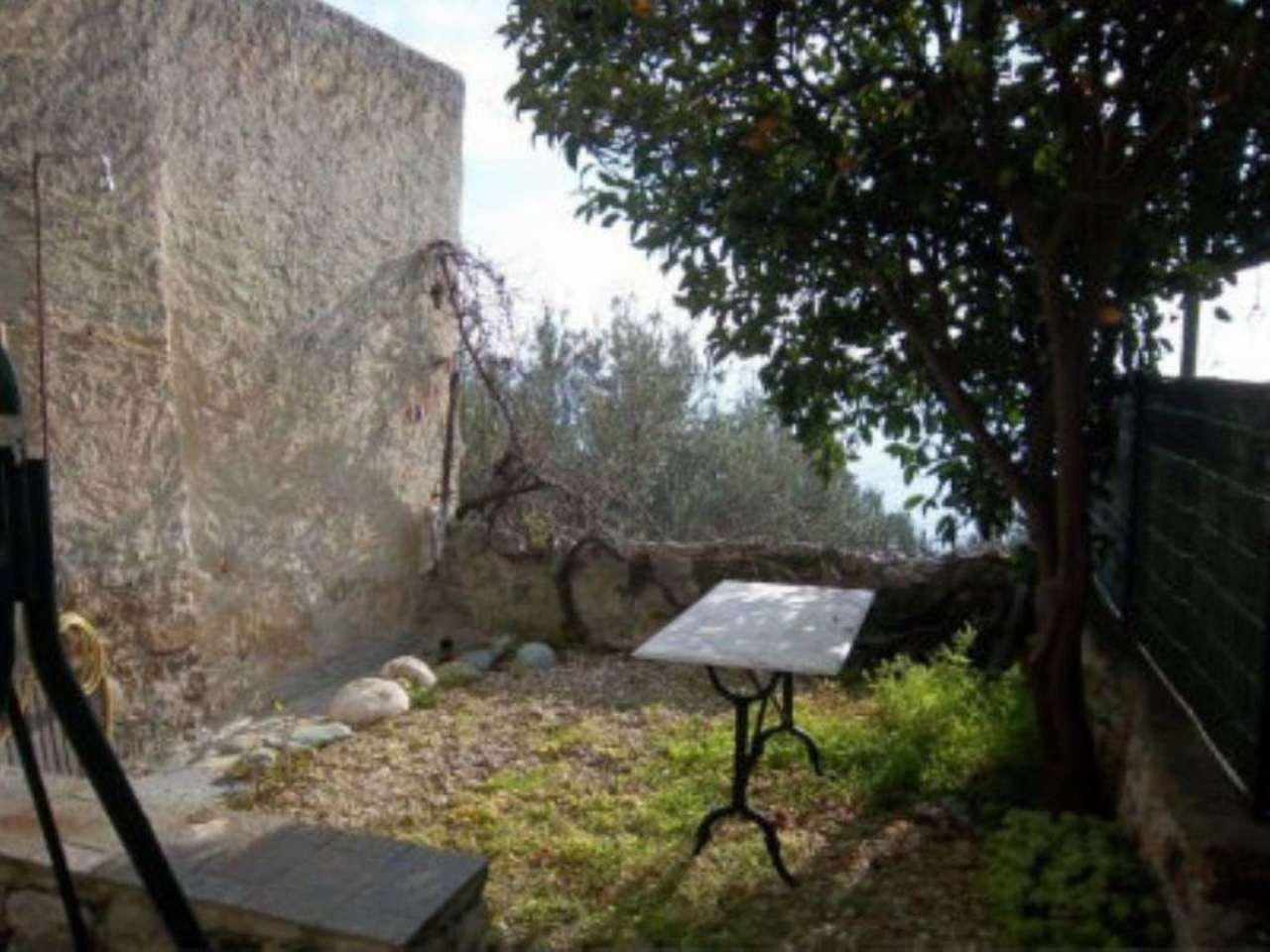 Bilocale Finale Ligure Via Regione Giardino 5