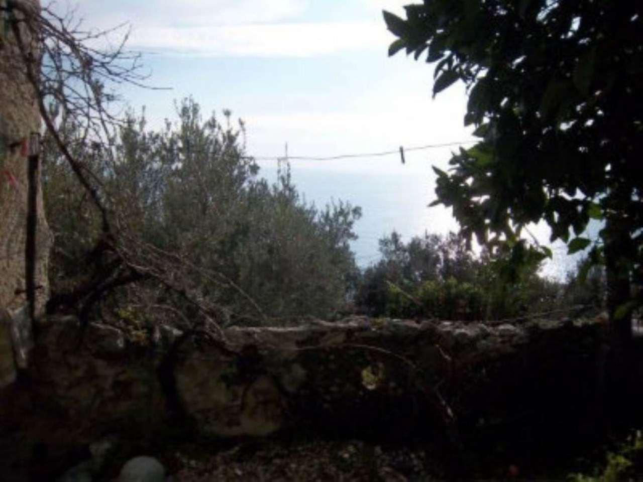 Bilocale Finale Ligure Via Regione Giardino 7
