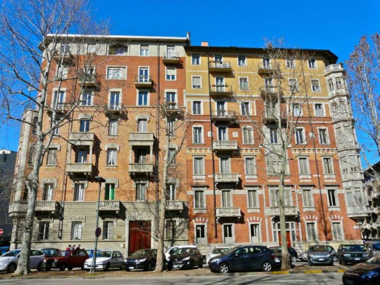 Bilocale Torino Corso Francia 8