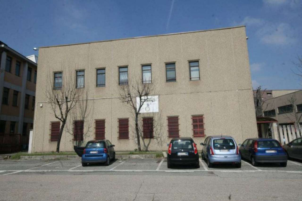 Torino Vendita CAPANNONE Immagine 1