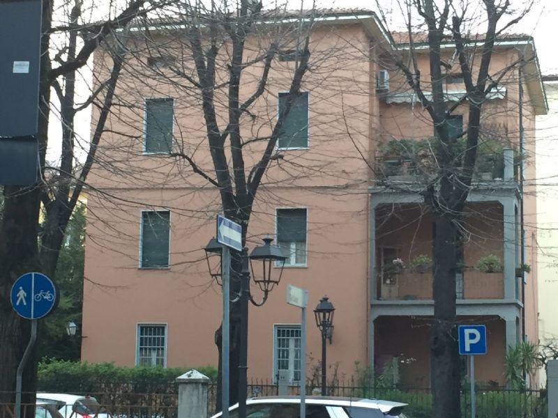 Soluzione Indipendente in vendita a Sassuolo, 21 locali, prezzo € 640.000 | CambioCasa.it
