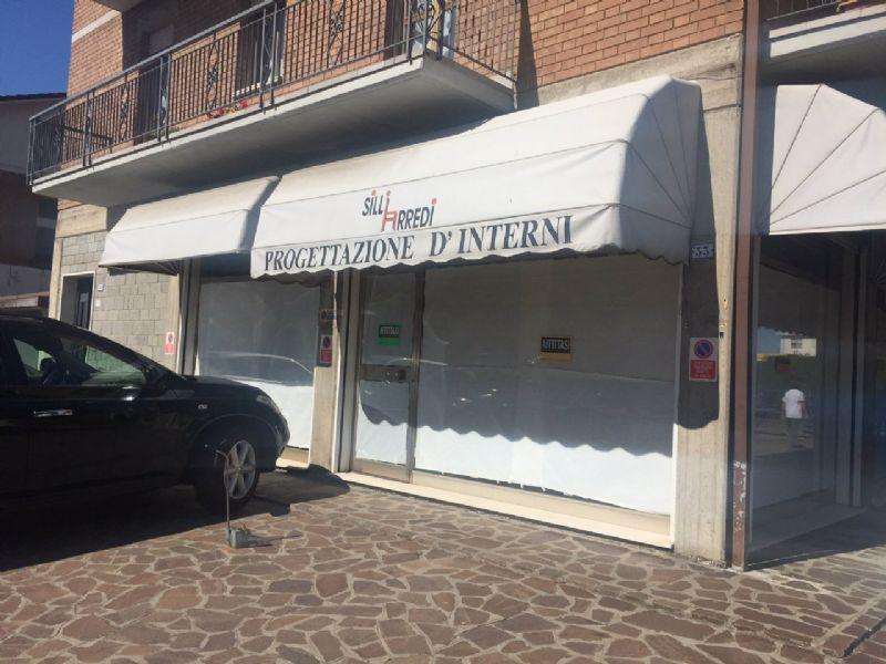 Negozio / Locale in affitto a Fiorano Modenese, 9999 locali, Trattative riservate | CambioCasa.it