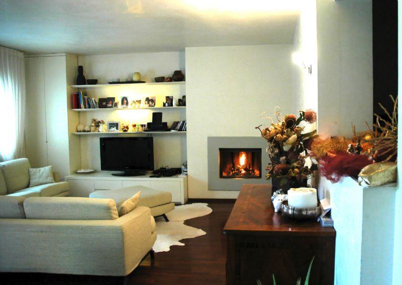 Villa in affitto a Maranello, 12 locali, prezzo € 2.500 | CambioCasa.it