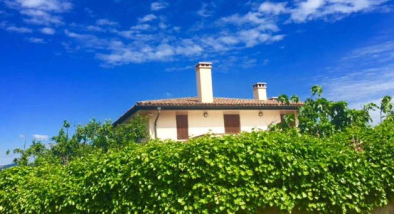 Villa in affitto a Sassuolo, 29 locali, Trattative riservate | CambioCasa.it