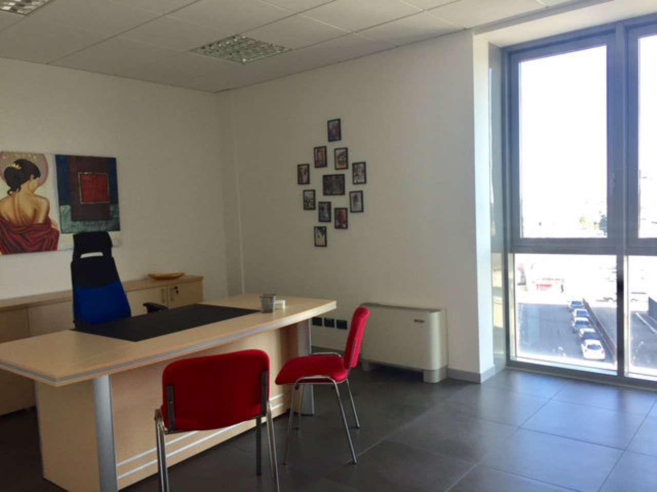 Ufficio / Studio in affitto a Sassuolo, 6 locali, Trattative riservate | CambioCasa.it