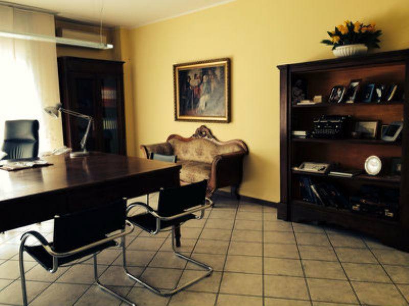 Ufficio / Studio in vendita a Sassuolo, 9999 locali, prezzo € 180.000 | CambioCasa.it