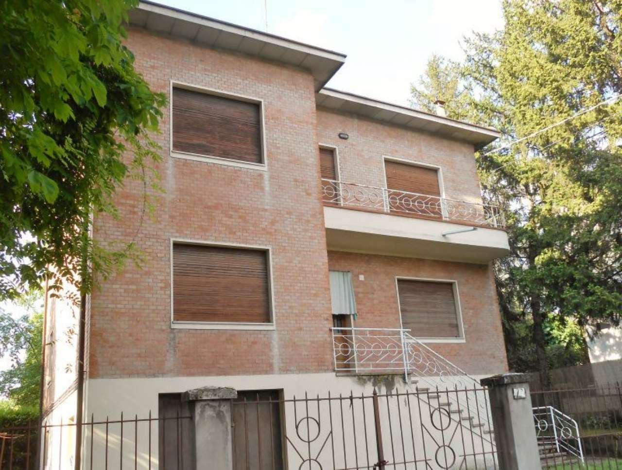 Villa Bifamiliare in vendita a Sassuolo, 15 locali, prezzo € 480.000 | CambioCasa.it