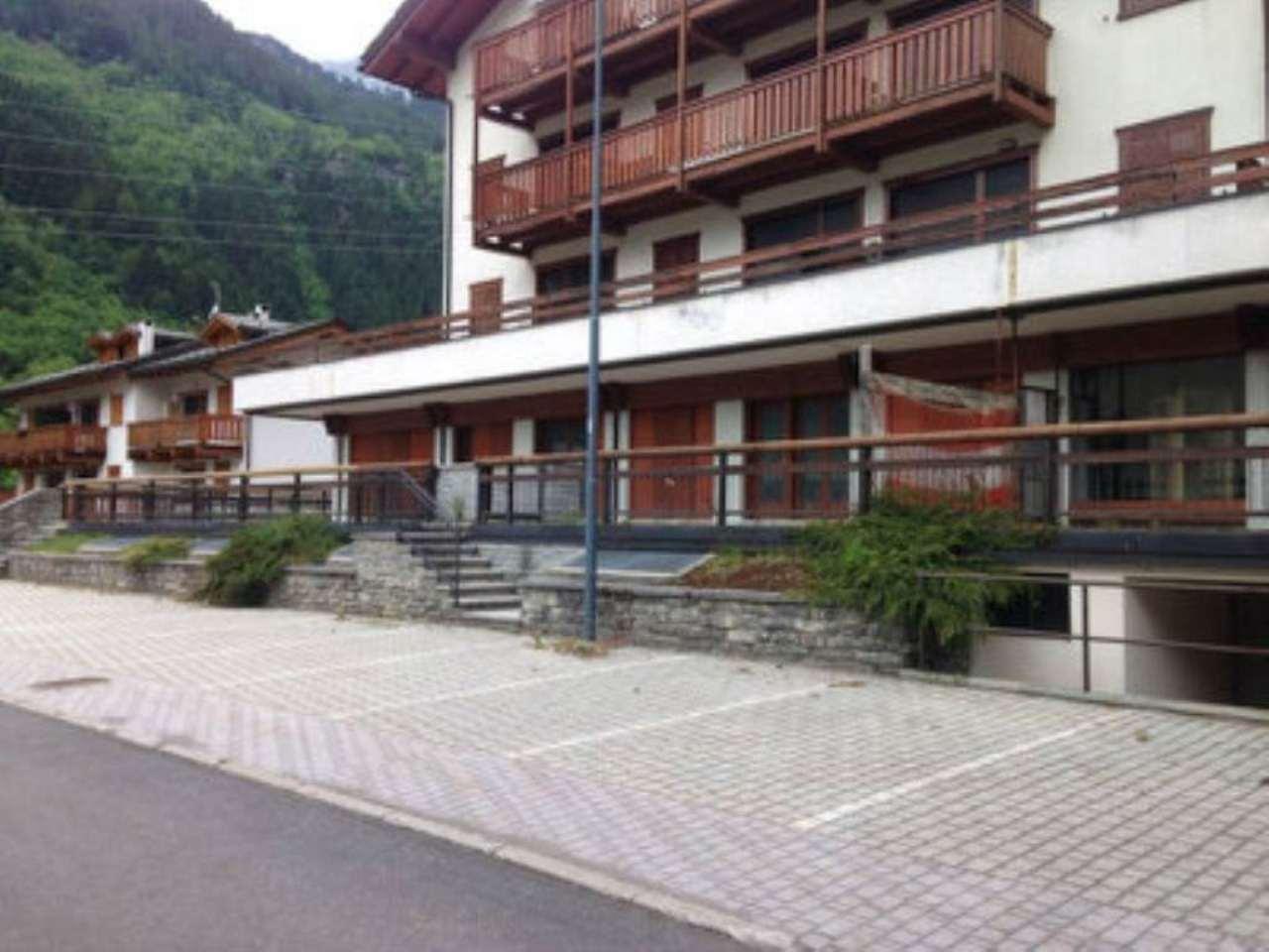 Bilocale Campodolcino Via Spluga 4