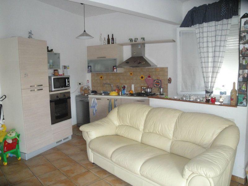 Appartamento in vendita a Polverigi, 3 locali, prezzo € 118.000 | CambioCasa.it