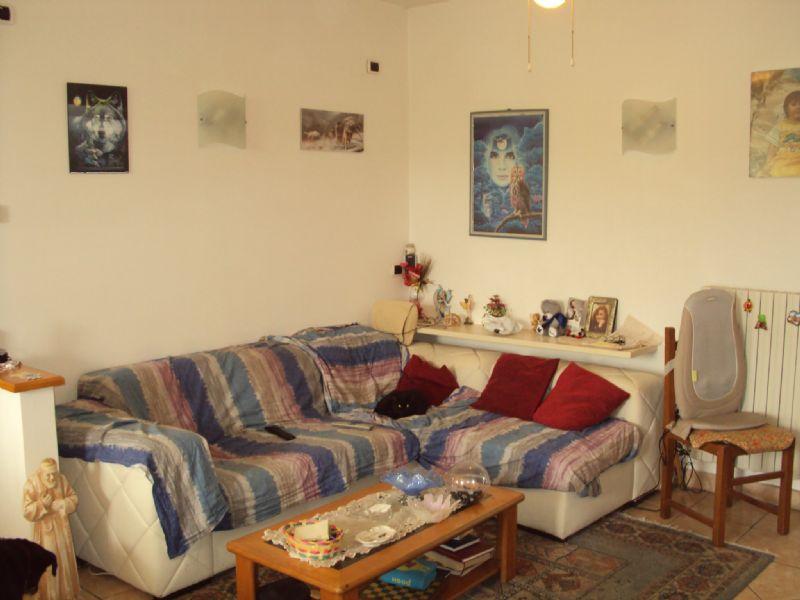 Soluzione Indipendente in vendita a Polverigi, 6 locali, prezzo € 200.000 | Cambio Casa.it